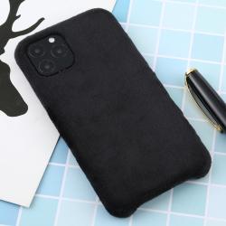 Capa para Iphone 11 Pro Max de Pelúcia Preto